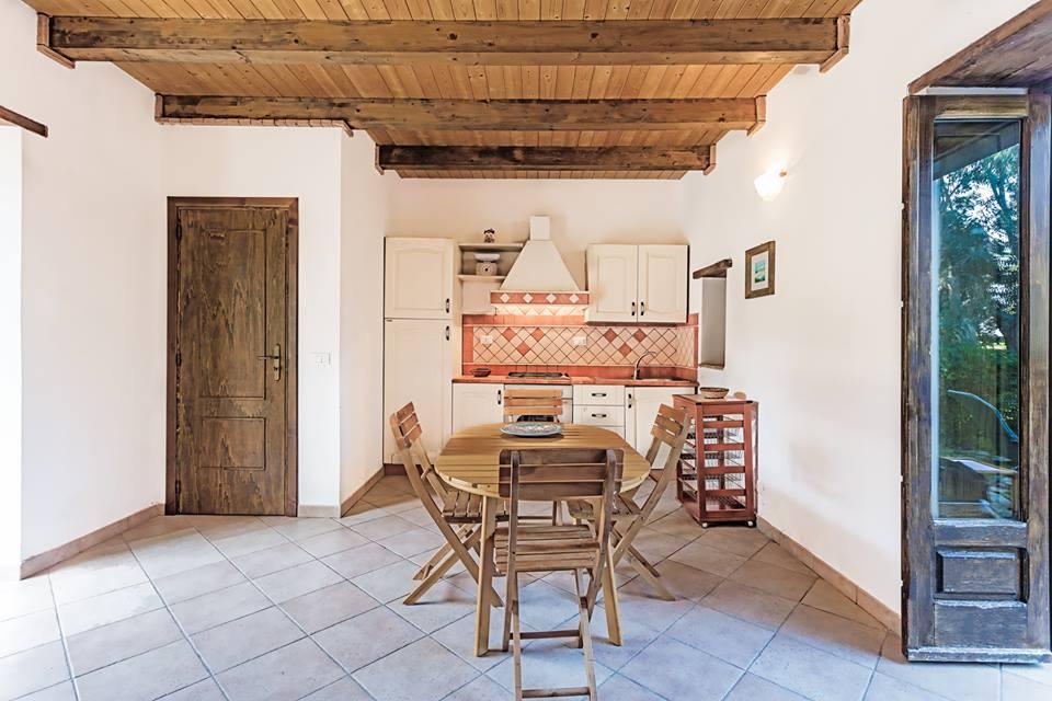 L appartamento aranceto nel verde comodo e riservato - Giardino interno appartamento ...